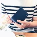 #VITTpersonalized bi-fold wallet available in 4 colors Black / Navy / Caramel /Sahara✨💙 Line : @vittstudio #VITTCUSTOMSTUDIO