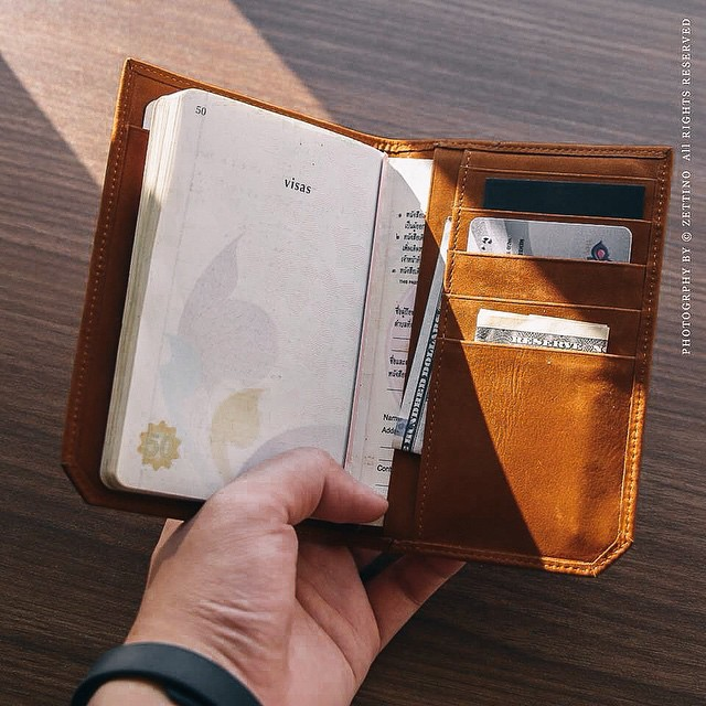 zettino,leatherwallet,leather,wallet