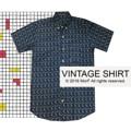 """Vintage Shirt เสื้อเชิ้ต แขนสั้น  ลายกราฟฟิค สไตล์วินเทจ  ทรงสวย ใส่สบาย มี2สีค่ะ  Size: S,M,L,XL  S ไหล่ 16"""" รอบอก 38"""" ยาว 29"""" M ไหล่ 17"""" รอบอก 40"""" ยาว 30"""" L ไหล่ 18"""" รอบอก 42"""" ยาว 31"""" XL ไหล่ 19"""" รอบอก 44"""" ยาว 32""""  สอบถามรายละเอียดเพิ่มเติมได้นะคะ  แอดมินยินดีตอบทุกคำถามค่า ^^  Instagram:  instagram.com/morf_clothes  Facebook:  www.facebook.com/morf.clothes   #เสื้อเชิ้ตแขนสั้น #เสื้อเชิ้ต #ของขวัญ #วินเทจ #vintage  #MorfClothes"""