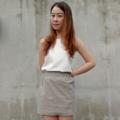 KUNME SKIRTS JP Fabric รายละเอียดและขนาด ________________  กระโปรงสุดน่ารัก ผลิตจากผ้าทอ ญี่ปุ่น ลาย ผ้ามีความเป็นเอกลักษณ์ มีซับในเนื้อนุ่มใส่สบาย  งานตัดเย็บปราณีต ขอกระโปรงเป็นยางยืดคุณภาพ  ใส่เป็นปีก็ไม่ย้วยนะจ้า นำไปแมทช์กับเสื้อยืด  หรือเสื้อเชิ๊ต ก็น่ารักได้ในทุกๆโอกาส ชุดนี้ใส่ได้ ในทุกๆวัน ทำให้วันธรรมดาดูสดใสขึ้น   Price : กระโปรง 380 Thb Code : SK-001 more picture at www.ilovekunme.com  ขนาดกระโปรง (F) เอว        26 - 32 นิ้ว สะโพก   36 - 40 นิ้ว ยาว       15 นิ้ว  Line Offical : @ kunme