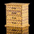 Storage Box กล่องเก็บเครื่องประดับ สีเหลือง รหัสสินค้า : 8298SB012650  ราคาสินค้า : 375 บาท ค่าจัดส่งประเภท EMS : 100 บาท รวมทั้งสิ้น : 475 บาท  รายละเอียดสินค้า - ผลิตจากผ้า canvas และเส้นใยธรรมชาติ - มีช่องใส่เครื่องประดับ 4 ช่อง - สำหรับใส่เครื่องประดับ และตกแต่งบ้าน - สีน้ำเหลือง - ขนาดสินค้า 20.5 x 14 x 21.5 ซม. - จำนวน 1 ชิ้น/แพ็ค  หมายเหตุ : สีของสินค้าที่ปรากฎ อาจมีความแตกต่างกันขึ้นอยู่กับการตั้งค่าของแต่ละหน้าจอ  **รอบระยะเวลาในการสั่งซื้อ-จัดส่ง - ตัดยอดทุกวันพฤหัสบดี เวลา 12.00 น. และจะจัดส่งให้วันอังคารของสัปดาห์ถัดไป ---------------------------------------------------------------- #CUSHY #PRIM #FNOUTLET #Cushy #Prim #Fnoutlet #fnoutlet #Storagebox #Storage #Box #Jewelry #Display #Canvas #แคนวาส #กล่องเก็บเครื่องประดับ #กล่องเครื่องประดับ #กล่องเพชร #ลัง #ถัง #กล่องกระดาษ #เครื่องประดับ #เพชร #พลอย #ต่างหู #แหวน #สร้อยคอ #ลายกราฟิก #กล่องไม้ #เท่ห์ #เก๋ #ลายไทย #ปัง #เว่อร์ #เป๊ะมาก #โบฮีเมียน #เกาหลี #ญี่ปุ่น #ชิค #ชิลๆ #ที่แขวนเครื่องประดับ #ราวแขวนเครื่องประดับ #ที่เก็บต่างหู #ที่เก็บสร้อย