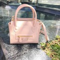 MB01 :: pink ● Imported pu saffiano ● size : 18*16.2 cm ● shoulder strap  ● 1590 baht   #Millybags