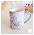Ceramic Mug - Cottage Bird แก้วเซรามิค LANG Cottage Bird สีฟ้า  Size : สูง 10 cm. เส้นผ่านศูนย์กลาง 8.5 cm. Weight : 425 g. Price : 450 บาท
