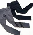 สีเทาควันบุหรี่ และ สีดำ NYC's inspired 🗽🗽🗽  New Jegging in black 990 b.-  ผ้า rayon spandex ผ้ายืดหยุ่นทรงสวยกระชับไม่บางนะคะ เอวสูงเก็บพุงค่ะ Size chart ; (ในรูปแนทใส่Sค่ะ หุ่นจริงแนท เอว25.5สะโพก36) S เอว25-27,สะโพก 35-37 M เอว 28-30,สะโพก 38-40 ค่ะ 👌🏻👌🏻👌🏻 ได้มีโอกาสไปเที่ยวnew york มา เห็นสาวๆที่นู่นนิยมใส่เลคกิ้งเท่ห์ๆเดินเที่ยวกัน วันนี้ขอทำบ้าง Jeggingสามารถใส่ออกกำลังกายหรือเดินเที่ยวชิวๆก็ได้ค่ะ ผ้ายืดไม่บาง เก็บทรงดีมากเอวสูงค่าาา#athleisurewearbynp 🙆🙌🏻🏁 #nPunchDesign