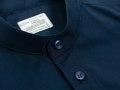 Mono Mandarin Shirt -- เสื้อเชิ้ตคอจีนทรงเข้ารูปนิดๆ กระดุมโทนสีเดียวกันกับตัวเสื้อที่ตัดเย็บอย่างปราณีต คอลเลคชั่นนี้ใช้ผ้าโทนสีคลาสสิค ดูสุภาพและดูดีกับทุกสีผิว ใส่ได้หลายโอกาสและใส่ได้นาน เป็นไอเท่มที่ขายดีสุดๆของเราในตอนนี้ค่ะ --- Color & Size : Navy : S / M  Fabric : Oxford