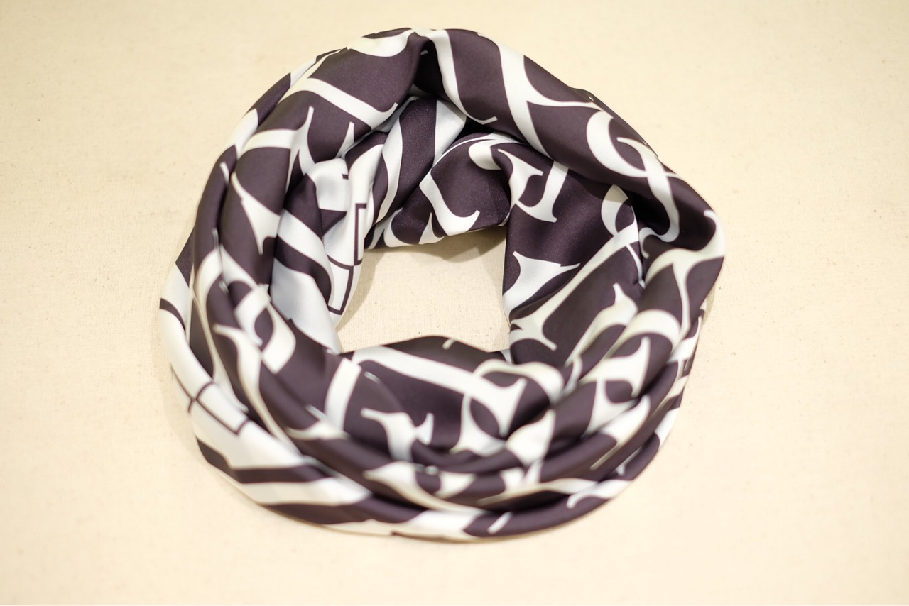ผ้าพันคอ,ผ้าคลุมไหล่,ผ้าพันคอพรีเมี่ยม,ผ้าเนื้อนุ่ม,scarf,scarves,accessories,gift,scarfthailand,silkscarf,PremiumScarf,PENAPENASCARF