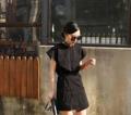 เดรสผ้ายืดสีดำ มีดีเทลตรงที่มีผ้ามาผูกรอบเอว  เหมือนใส่เป็นกระโปรงอีกตัวนึงค่ะ  freesize
