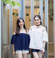 เสื้อเกาะอก ดีไซน์ใส่ยางยืดที่แขน ทำจากผ้าลูกไม้นำเข้าอย่างดีเลยมีซับในน้า แมทได้หลายแบบเลย ใส่กับกางเกงขาสั้น ขายาว ยีนส์ ได้หมดเลยค่า
