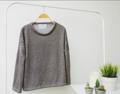 003. เสื้อ Sweater : เสื้อแขนยาว ผ้าcotton 100 แต่งลายทอ สีดำน้ำตาล (free size รอบอก 40-45)  ราคา : 200 THB