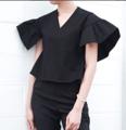 "Oversized Sleeve Blouse -  - Free size Length20"" #MitrOversizedSleeveBlouse ดูไอเทมสีดำอื่นๆใน #MitrBlackItems"