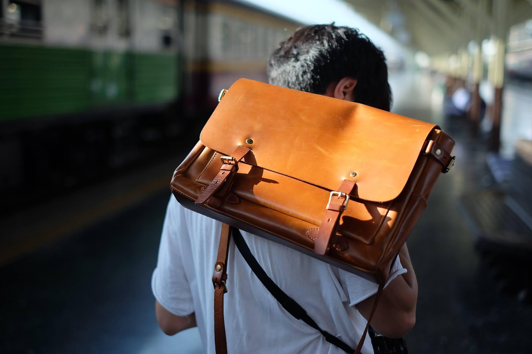 ผู้ชาย,men,กระเป๋า,กระเป๋าถือ,กระเป๋าหนัง,กระเป๋าผู้ชาย