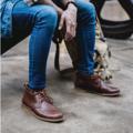 ANKLE CHUKKA EU Size :  40,41,42,43,44  ตัวรองเท้า : หนังวัวแท้ พื้นรองเท้า : ยางพาราเกรดพรีเมี่ยม ด้านใน : บุด้วยหนังแท้ การผลิต : Handmade ประกอบมือ 100 %  ( รองเท้า KEEPROAD ทุกคู่ใช้กระบวนการผลิตขึ้นรูปแบบ HANDMADE ประกอบมือ 100 % ทำให้สินค้าทุกชิ้นมีร่องรอยของงานฝีมืออันเป็นเสน่ห์เฉพาะของงาน Handmade ที่หาไม่ได้ในงานที่ผลิตจากเครื่องจักร )