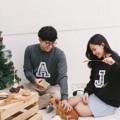 Lettery Scott Sweater ❄️ Color : Black / Dark Grey Size : Freesize Price : 1,090 THB ❄️ เสื้อ Sweater ผ้า Cotton 100% ด้านในเป็นเนื้อสำลีนิ่มมากกก (เฉพาะสีดำและสีเทา ส่วนสีเทาเข้มด้านในจะเป็นเนื้อผ้า Cotton 100% เหมือนตัวผ้าด้านนอก) สามารถเลือก Initial ได้ 1 ตัว เป็นเทคนิค Patch Work โดยการนำเนื้อกำมะหยี่มาประกบกับเนื้อผ้าลายสก็อตด้วยเทคนิคพิเศษ และเย็บติดกับตัวเสื้อ ซึ่งเป็นงาน Craft พวกเราจะเย็บด้วยตัวเองทุกตัว นอกจากนั้นแล้วยังสามารถ Customize คำหรือ quote สั้นๆที่ต้องการเพิ่มเติมได้อีกด้วย ❄️ #called_p #CalledPWinter2016 #CalledPLetterySweater #CalledP