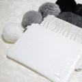 🐊Choco Wristlet Bags Collection 🐊 !!ไม่แถมพวงกุญแจปอม!! ⭐️กระเป๋าผ้าพิมพ์ลายหินอ่อนสุด Intrend  แนว minimal  ⭐️สำหรับการแต่งตัวลุคคุณหนู ดูหรูหรา classic ทันสมัย แต่ก็น่ารักได้ ⭐️อะไหล่สีเงินแข็งแรงทนทาน ใช้ซิป nylon +หัวซิป ykk รูดลื่นไม่มีสะดุด  ---------------------------------------------- การใช้งาน: สามารถใส่โทรศัพท์ iphone 6+/เครื่องสำอางค์ / เครื่องเขียน / Harddisk  ได้เพราะมีซับในบุกันกระแทกอย่างดี Material: หนังลายจระเข้  Size: W20.5*H13.5 cm. Color: Lady Pink / Smoke Grey / Pearl White ---------------------------------------------------#Tollipopka