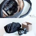 :: กระเป๋ากล้อง - Bokeh Camerabag : Classic Black ::  New! ผ้าด้านนอกเนื้อดีขึ้น New! ผ้าซับในชนิดใหม่หนาขึ้น New! ซิปYKK 2 หัว เคลือบสารกันน้ำ New! ป้ายโลโก้หนังเทียม  รายละเอียดสินค้า  + ขนาด :  กระเป๋า : กว้าง 16 cm. x ยาว 60 cm. (ปากกระเป๋า) ก้นกระเป๋า : 26 cm. x สูง 25 cm. พื้นที่ใส่กล้อง : กว้าง 12 cm. x ยาว 22 cm.x สูง 16 cm. + เนื้อผ้า : ผ้าแคนวาส สีดำ 14 ออนซ์ + โทนสี : ดำ + ราคา 1,990 บาท **ราคาสินค้ายังไม่รวมค่าจัดส่ง**  . . . . . . . . . . . . . . . . . . . . . . . . . . . . . . . . . .  คำอธิบายสินค้า (Description)  กระเป๋ากล้องรุ่นคลาสสิคแบล็ค เป็นกระเป๋ากล้องที่มีจุดเด่นคือหน้าตาที่ดูไม่เหมือนกระเป๋ากล้อง เข้ากับเสื้อผ้าได้ง่าย ใช้ได้ทั้งผู้หญิงและผู้ชาย กระเป๋าจะแบ่งออกเป็นช่องใหญ่ๆ ทั้งหมด 3 ช่อง บรรจุของได้มาก พกกระเป๋าใบนี้เพียงใบเดียวก็สามารถพกของที่ใช้ในชีวิตประจำวันได้ทั้งหมด   . . . . . . . . . . . . . . . . . . . . . . . . . . . . . . . . . .  #bokeh_camerabag #bokehbag #camerabag #Black #bag #camera #กล้อง #กระเป๋า #กระเป๋ากล้อง #Bokeh_Camerabag #Bokeh #bokehoutoffocus #ClassicBlack #bokeh.outoffocus #Bokeh #Bokeh #กระเป๋าเดินทาง #กระเป๋าเป้ #กระเป๋าสะพาย