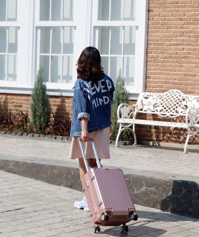 กระเป๋า,กระเป๋าเดินทาง,กระเป๋าลาก,กระเป๋าเดินทางล้อลาก