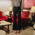 กางเกงขาม้าสีดำ สุดคลาสสิค เนื้อผ้าทอลาย มี Texture พิเศษด้วยเส้นไหมสีดำแวววาว ใส่แล้วเข้ารูปสวย สูงเพรียว  ✦ Size: S, M, L