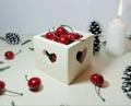 Wooden Box With Heart Cut - Shredded Wheat  กล่องไม้สี่เหลี่ยม ฉลุหัวใจ 4 ด้าน งานไม้สัก ทาสีไม้ด้วยสีอะคลีลิคสำหรับงานไม้ โทนสีครีม  Size : 10*10 cm. สูง 8 cm. Weight : 245 g. Price : 230 บาท  Vintage home decor on Ban Chulee for your sweet home   **ส่งฟรีแบบลงทะเบียน**   #BanChulee