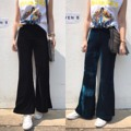 ♠️New in ♠️🌵 Wide legs velvet pants กางเกงเอวสูง ผ้ากำมะหยี่เนื้อดี ขาบาน ทรงสวยค่ะ เอวเป็นฟรีไซส์  ได้ทุกลุค เรียบหรู ดูดี👍🏻 fabric: velvet มี 2 สี  ดำ♠️ เขียวหัวเป็ด🌵 size: freesize #chickkstyle