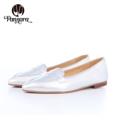 Point Flat Shoes 👠35-40 ✔Color: Silver  รองเท้าสวมใส่สบายผลิตจากหนังแกะนิ่ม นิ่มทั้งหนังและพื้น ส้นติดยางกั้นลื่นด้วยนะคะ ใส่ได้กับทุกโอกาส แมตช์กับชุดได้ง่ายนะคะ --------------------------------------------------------- 🎉สินค้าไซต์ไม่พอดี เปลี่ยนไซต์ได้คะ 🎉ส่ง EMS ฟรีทุกคู่  **Size** Size 35 Length 23 CM. Size 36 Length 23.5 CM. Size 37 Length 24.5 CM. Size 38 Length 25 CM. Size 39 Length 25.5 CM. Size 40 Length 26 CM.   ------------------------------------------------------- #ผู้หญิง #women #รองเท้า #รองเท้าผู้หญิง #รองเท้าหุ้มส้น #รองเท้าหนัง #รองเท้าหนังผู้หญิง