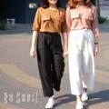 """Basic Trousers กางเกงขา 5 ส่วน ผ้านิ่ม ไม่บาง ทึบแสง เอวยางยืด  ใส่สบาย มีผ้าเข้าชุดไว้ผูกเป็นโบว์ที่เอวให้ค่ะ ไซส์ : เอว 24-30"""" สะโพก 40"""" ยาว 35"""" ราคา : 390 บาท สี : ดำ  ---------------------------------------------------------- #SoPearlCloset #women #ผู้หญิง #เสื้อผ้าผู้หญิง #กางเกง #กางเกงผู้หญิง #กางเกงขายาว #กางเกงห้าส่วน #กางเกงสีดำ"""