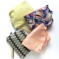 กระเป๋าอเนกประสงค์ สำหรับใส่มือถือ เงิน และเครื่องสำองค์ สำหรับพกพาประจำวัน ทำจากผ้าคอตต้อน มีสายคล้องมือทำจากหนังฟอกฝาด #WYEMATTER  #WYEMATTER