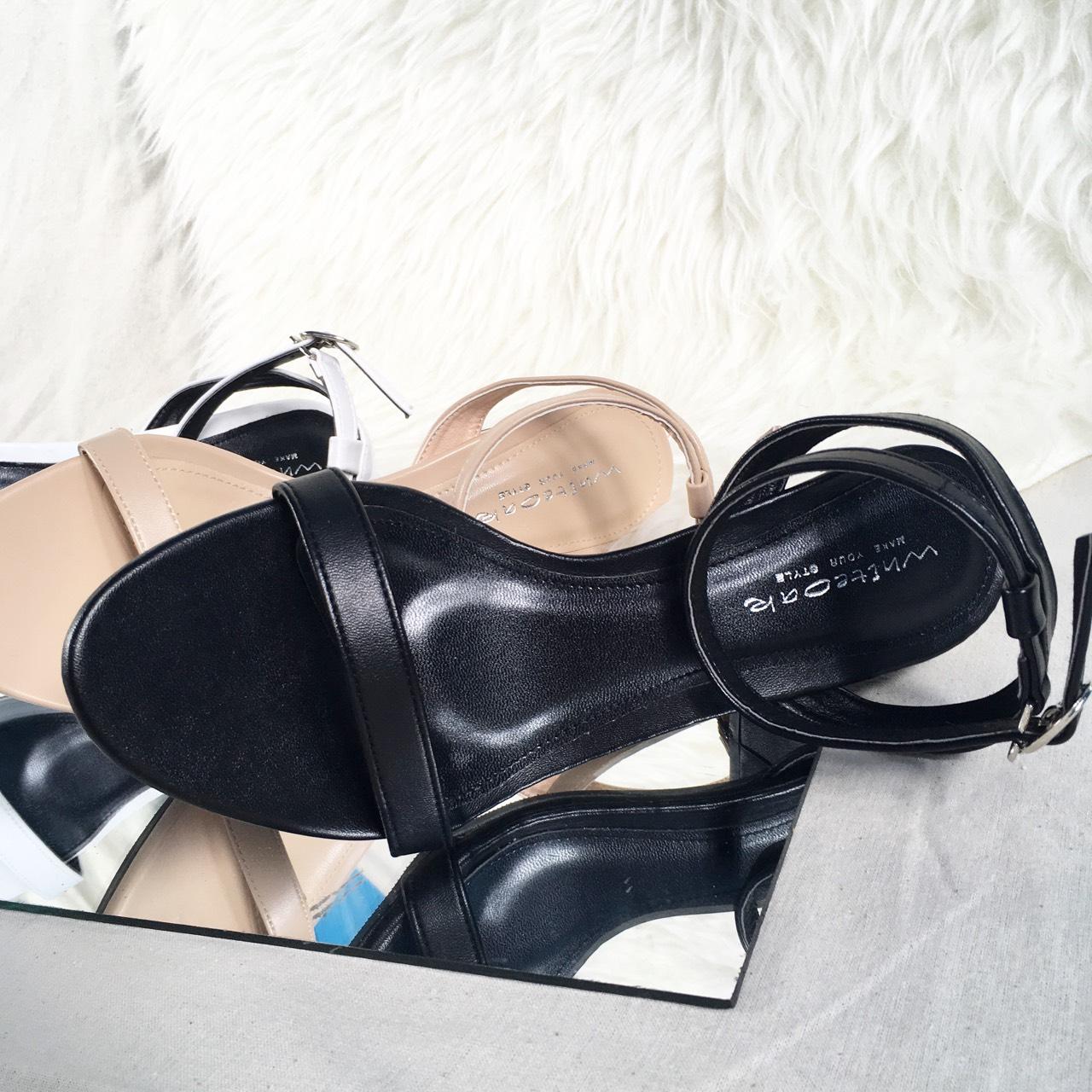 Sandals,shoesfashion,womenfashion,womenshoes,รองเท้าแฟชั่น,รองเท้าส้นสูง,รองเท้ารัดข้อ,รองเท้าผู้หญิง,รองเท้านิ่ม,Whiteoakshoes