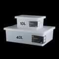 CUSHY กล่องอเนกประสงค์ (Storage Box) รหัสสินค้า : 8416SB01WI330 รหัสสินค้า : 8416SB04WI550  - ผลิตจากพลาสติกพีพีหนา แข็งแรง ทนทาน - ใช้งานสะดวกด้วยล้อเลื่อนพลาสติกขนาดเล็ก - มีฝาปิดกันฝุ่นแบบกดล็อค - สามารถเก็บในอุณหภูมิตั้งแต่ -20 ถึง -100 องศาเซลเซียสได้ - สำหรับเก็บสิ่งของต่างๆให้เป็นระเบียบ - สีขาวขุ่น - ขนาดสินค้า 36.5 x 24.5 x 16 ซม. (ความจุ 10 ลิตร) - ขนาดสินค้า 43 x 58 x 19 ซม. (ความจุ 40 ลิตร) - จำนวน 1 กล่อง/แพ็ค  คำแนะนำในการดูแลรักษา  - ล้างหรือใช้ผ้าชุบน้ำเช็ดทำความสะอาดก่อนการใช้งาน - ควรเก็บให้ห่างจากเปลวไฟ - ไม่ควรบรรจุสิ่งของเกินความจุที่ระบุไว้  หมายเหตุ : สีของสินค้าที่ปรากฎ อาจมีความแตกต่างกันขึ้นอยู่กับการตั้งค่าของแต่ละหน้าจอ  **รอบระยะเวลาในการสั่งซื้อ-จัดส่ง - ตัดยอดทุกวันพฤหัสบดี เวลา 12.00 น. และจะจัดส่งให้วันอังคารของสัปดาห์ถัดไป ---------------------------------------------------------------- #PRIM #CHERISH #CUSHY #FNOUTLET #Prim #fnoutlet #StorageBox #Box #Caster #Silicon #Pad #กล่องเก็บของ #กล่องพลาสติก #กล่องอเนกประสงค์ #กล่องใส่ของ #ที่ใส่เครื่องปรุง #โถใส่เครื่องปรุง #ถาดใส่เครื่องปรุง #กล่องใส่เครื่องปรุง #เครื่องปรุงอาหาร #เครื่องเทศ #เครื่องเคียง #ซิลิโคนกันร้อน #ซิลิโคน #ที่รองกันร้อน #ที่รองแก้ว #ที่รองจาน #แผ่นรองแก้ว #แผ่นรองจาน #อุปกรณ์คั้นน้ำมะนาว #คั้นน้ำมะนาว #ที่คั้นน้ำมะนาว #ที่คั้น #มะนาว #คั้น #บีบ #น้ำ #ลูก #ผล #แท่ง #แข็งแรง #ทนทาน #เงา #วาว #ที่บีบน้ำมะนาว #บีบน้ำมะนาว #ที่แกะเมล็ด # #เท่ห์ #เรียบหรู #สวยใส #ชิค #ชิลๆ #เก๋