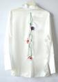 "Botun Pyjamas top เสื้อเชิ้ตสไตล์ชุดนอน มากี่ครั้งก็หมด re-stock แล้วน้ะคะ ผ้าเงาสวยมาก แถมงานปักลายดอกฝิ่น สวยมากๆเลยก้า color: ชมพู กรม ขาว size: freesize อกได้ถึง 41"" price: 490.- free shipping"