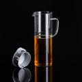 PRIM เหยือกน้ำดื่ม ขนาด 1,000 มล. (Carafe) รหัสสินค้า : 8404GW040395  ราคาสินค้า : 395 บาท ค่าจัดส่งประเภท EMS : 50 บาท รวมทั้งสิ้น : 445 บาท  รายละเอียดสินค้า เหยือกใส่น้ำจากแก้วบอโรซิลิเกตเป่าขึ้นรูปด้วยปาก งาน DIY ที่ได้คุณภาพระดับสากล ทนต่อการกระแทกได้ดีกว่าแก้วทั่วไป และยังทนต่อความร้อนและการเปลี่ยนแปลงอุณหภูมิได้สูง ไม่แตกหักง่าย ใส่ได้ทั้งน้ำร้อนและน้ำเย็น มีไว้ติดบ้านเพื่อต้อนรับแขกได้สะดวกและปลอดภัย  - ผลิตจากแก้วบอโรซิลิเกตเป่าปาก เนื้อหนา - ฝาปิดผลิตจากพลาสติกคุณภาพดี ไม่แตกหักง่าย - ทนต่อการกระแทกได้ดีกว่าแก้วทั่วไป - ทนต่อความร้อนและการเปลี่ยนแปลงอุณหภูมิได้สูง - ใส่น้ำเย็นและร้อน ที่มีอุณหภูมิตั้งแต่ -40 ถึง 120 องศาเซลเซียส - สำหรับใส่น้ำร้อนหรือน้ำเย็น - ขนาดความจุ 1,000 มล. - ขนาดสินค้า เส้นผ่านศูนย์กลาง 9.3 ซม. สูง 25.2 ซม. - จำนวน 1 ชิ้น/แพ็ค  คำแนะนำในการดูแลรักษา  - ควรล้างและเช็ดให้แห้งทันทีทุกครั้งหลังการใช้งาน - ทำความสะอาดด้วยเครื่องล้างได้ - ไม่ควรแช่น้ำทิ้งไว้เป็นเวลานาน - เก็บรักษาในแท่นวางเมื่อไม่ใช้งาน  หมายเหตุ : สีของสินค้าที่ปรากฎ อาจมีความแตกต่างกันขึ้นอยู่กับการตั้งค่าของแต่ละหน้าจอ ---------------------------------------------------------------- #PRIM #CUSHY #FNOUTLET #Prim #Cushy #Fnoutlet #fnoutlet #Carafe #Cool #Cold #Ice #Hot #Glass #Glasses #เหยือกน้ำดื่ม #เหยือกน้ำ #เหยือก #กระบอกน้ำ #แก้วน้ำดื่ม #แก้วน้ำ #เหยือกกินน้ำ #หูจับ #แก้ว2ชั้น #แก้วร้อนเย็น #แก้วร้อน #แก้วเย็น #เท่ห์ #โอปป้า #โอป๊ะ #อุ๊ต๊ะ #เรียบหรู #สวยใส #เกาหลี #ญี่ปุ่น #ชิค #ชิลๆ #เก๋ #กิ๊บเก๋ #น่ารัก #แก้วบอโรซิลิเกต