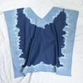 :: เสื้อทรงปีกค้างคาว ::  รายละเอียดสินค้า + ขนาด : Freesize + โทนสี : น้ำเงินเข้ม (ยีนส์เข้ม) + เนื้อผ้า : ผ้ายีนส์ญี่ปุ่นบาง + ราคา : 420 บาท  . . . . . . . . . . . . . . . . . . . . . . . . . . . . . . . . . .   คำอธิบายสินค้า (Description)  เสื้อทรงปีกค้างคาว ผ้ายีนส์ญี่ปุ่นเนื้อนิ่ม ทิ้งตัว สีน้ำเงิน ผ้ามัดย้อม ใส่เที่ยวทะเลสวยๆค่า . . . . . . . . . . . . . . . . . . . . . . . . . . . . . . . . . .