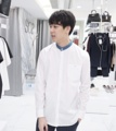 White - denim mao collar shirt color: white material : cotton fabric price : 1,190 THB