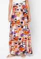 """เติมสีสันสดใสให้กับลุคของคุณผ่านกระโปรงยางทรงเอจาก Mirror Dress ที่มาพร้อมผ้าลายพิมพ์กราฟฟิคสีสันสดใส ตัวกระโปรงเสริมขอบยางยืดที่เอวเพื่อการสวมใส่สบายให้คุณสามารถเติมความสนุกสนานให้กับลุควันหยุดได้เป็นอย่างดี  - ตัดเย็บด้วยผ้าซาติน - เสริมยางยืดที่ขอบเอว - ขอบเอวสูงปานกลาง - ทรงใส่สบาย - มีซับใน  ขนาด : รอบเอว x รอบสะโพก x ความยาว One size (25""""-28"""" x 38"""" x 35"""")"""