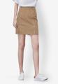 """กระโปรงสั้นจากแบรนด์ Mirror Dress ที่ใครเห็นก็ต้องหลงรักกับความน่ารักของการเลือกใช้สีน้ำตาลฟอกสุดเท่ห์และเดินเส้นด้ายสีขาวตัดกัน เพียงแค่ใส่แมทช์กับเสื้อยืดสีขาวก็สวยได้ง่ายๆ  - ผลิตจากคอตตอนผสม - ซิปซ่อนด้านข้าง - ทรงเข้ารูป - ไม่มีซับใน  ขนาด : รอบเอว x รอบสะโพก x ความยาว (นิ้ว) S ( 25"""" x 34.6"""" x 17.7"""") M ( 26.7"""" x 36"""" x 17.7"""") L ( 28.3"""" x 37.7"""" x 17.7"""")"""