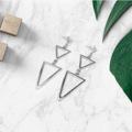 ต่างหู สามเหลี่ยม (Triangle)  ที่มีรูปทรงเรียบง่ายแบบ mininal แต่ก็โก้หรูมีระดับแบบผู้ดี มีดีไซน์  - Color : เงิน - Price : 190 ฿ #ต่างหู #ต้มหู #เครื่องประดับ #Jewely #เครื่องประดับหญิง #accessories #เครื่องประดับจิวเวลรี่ #earring #ต่างหูมินิมอล #Anaconda168  #anaconda168