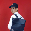 Folder Daypack :: フォルダ ::  Sale 990- (จากราคา 1790- บาท)  Daypack ผ้าคานวาส/ไนลอน ญี่ปุ่นเคลือบกันน้ำ ใช้ได้ทั้งผู้หญิงและผู้ชายค่ะ ดีไซน์เก๋ ดีเทลสะดวกต่อการใช้งาน ด้วยซิปกระเป๋าด้านบน ใช้พับปิดปากกระเป๋า และ ซิปซ่อนด้านหลังสำหรับหยิบของในเป้ได้เลยโดยไม่ต้องเปิดซิปบน สะดวก และ ปลอดภัย น้ำหนักเบา งานคุณภาพส่งออกค่ะ   รุ่นใหม่เราปรับดีไซน์ เพิ่มวัสดุกันกระแทกที่สาย กระเป๋าเล็กด้านในนำออกมาใช้ใส่ของกระจุกกระจิกได้ค่ะ  ขนาด W. 36 x H. 43 x D. 14 Cm.