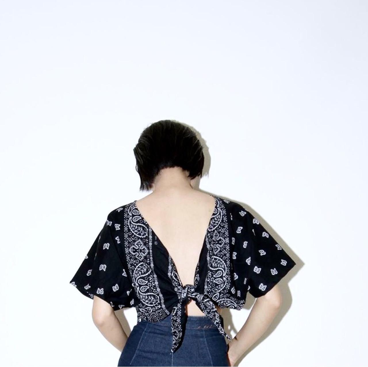 BeMindCloset,เสื้อครอป,เสื้อผู้หญิง,เสื้อผูกหลัง,เสื้อผูก,ผูกหลัง,เสื้อแขนสั้น