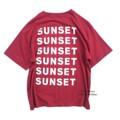 """เสื้อยืด Oversize ทรงไหล่ตก สกรีนลาย Sunset ด้านหลัง ใส่สวยค่ะ  ราคา 150 บาท   สี : แดงเลือดหมู Size อก44"""" ยาว 26"""" รอบวงแขน20"""" รอบปลายแขน 16"""" แขนยาว8""""   #Hamham #เสื้อยืด #เสื้อยืดคอกลม #เสื้อคอกลม #คอกลม #เสื้อยืดแขนสั้น #เสื้อแขนสั้น #แขนสั้น"""