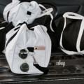ชื่อสินค้า : 11bag กระเป๋าผ้าแคนวาสใบใหญ่จุของได้เยอะมาก  งานตัดเย็บเอง + ช่องข้างกระเป๋าทั้ง2ข้าง  + ช่องใส่ของในกระเป๋า2ช่อง + ใช้ได้2แบบ สามารถถือหรือสะพายข้าง + สายสะพายข้างปรับได้ MUST HAVE ITEM คุ้มมากกกกก ห้ามพลาดดดด !!!!!  รายละเอียดสินค้า + ขนาด : 20x50x28 cm. + โทนสี : ขาว - ดำ + ราคา  : 990฿ (แบบปักชื่อ)                790฿ (แบบไม่ปักชื่อ) + สั่งซื้อ 3 ใบขึ้นไปมีราคาส่ง ORDER 5-7 DAYS  รับตัวแทนฟรี(สต๊อก/ไม่สต๊อก)  #กระเป๋า #กระเป๋าเดินทาง #กระเป๋าปักชื่อ #Valdus