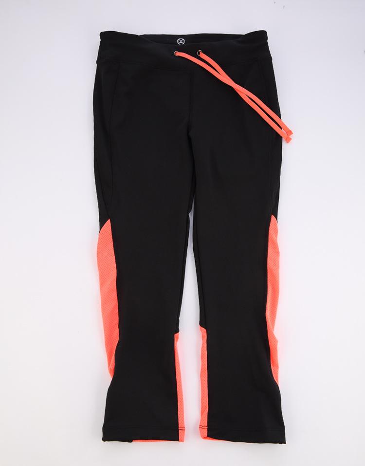 ชุดออกกำลังกาย,ออกกำลังกาย,ชุดออกกำลังกายผู้หญิง,กางเกง,กางเกงผู้หญิง,กางเกงออกกำลังกาย,กางเกงออกกำลังกายผู้หญิง