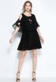 """""""แบรนด์ Mirror Dress ขอนำเสนออีกหนึ่งไอเท็มสำหรับแฟชั่นชุดเดรสผ้าชีฟองเนื้อนุ่มที่ตัดเย็บมาในดีไซน์สวย มาพร้อมแพทเทิร์นแบบเดรสกระโปรงสั้น ช่วงไหล่แต่งเป็นไส้ไก่ไขว้เป็นตาราง นับเป็นอีกหนึ่งชุดเดรสที่คุณไม่ควรพลาดที่จะเป็นเจ้าของในซีซั่นนี้  - ตัดเย็บจากผ้าชีฟอง - ดีไซน์คอกลม - แขนสั้น - แบบสวม - ทรงใส่สบาย - มีซับใน  ไหล่ x รอบอก x เอว x ความยาว M (13"""""""" x  34.6"""""""" x 20.5""""""""-32"""""""" x 35.4"""""""") L (13.3"""""""" x 36.2"""""""" x 22""""""""-34"""""""" x 36.2"""""""") XL (13.7"""""""" x 37.7"""""""" x 23.6-35.3"""""""" x 37"""""""") 2XL (14"""""""" x 39.3"""""""" x 25""""""""-36"""""""" x 37.7"""""""") 3XL (14.5"""""""" x 40.5"""""""" x 26.7""""""""-37"""""""" x 38.5"""""""")"""""""