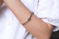 กำไลข้อมือ มี สีเงิน และสีทอง  #เครื่องประดับ #เครื่องประดับผู้หญิง #กำไล #กำไลข้อมือ