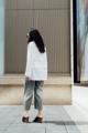 """ชื่อสินค้า : The Plain Gown เสื้อเชิ้ตผู้หญิง แบบเสื้อแขนยาว ดีไซน์พิเศษจากทางร้าน เป็นเสื้อหน้าสั้นหลังยาว ผ้าคอตตอนผสมโพลีเอสเตอร์ ใส่สบาย ใส่ได้ทุกโอกาส ทั้งวันทำงานและวันง่ายๆ จะใส่กับกางเกงยีนส์ตัวโปรด หรือกระโปรงเก๋ๆ ก็ดูเข้ากัน เหมาะสำหรับสาวๆทุกคน เป็นเบสิคไอเท็มที่สาวๆไม่ควรพลาดเลยนะคะ  รายละเอียดสินค้า + ขนาด XS / S / M / L XS : ไหล่ 14"""" รอบอก 19"""" ความยาวแขน 22"""" ความยาวเสื้อ 25"""" S   : ไหล่ 14.5"""" รอบอก 19.5"""" ความยาวแขน 22.5"""" ความยาวเสื้อ 25.5"""" M : ไหล่ 15"""" รอบอก 20"""" ความยาวแขน 23.5"""" ความยาวเสื้อ 26"""" L  : ไหล่ 16"""" รอบอก 21"""" ความยาวแขน 24"""" ความยาวเสื้อ 27""""   #เสื้อเชิ้ต #เสื้อเชิ้ตผู้หญิง #เสื้อเชิ้ตแขนยาว #เสื้อเชิ้ตแขนยาวผู้หญิง #เสื้อแขนยาว #แขนยาว #เสื้อเชิ้ตคอปก #เสื้อคอกปก #คอปก #เสื้อเชิ้ตสีขาว #เสื้อสีขาว #สีขาว"""