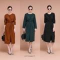 """Korea Dress :: พันไขว้หน้าผูกหลัง ผ้าเนื้อเกาหลีงานพรีเมี่ยม มีผ่าหน้า ทรงสวยค่าาา ดูดีดูแพง  ไซต์ :: อก38"""" ยาว47""""  สี :: ส้มอิฐ เขียว ดำ   #P27Shop #เดรส"""