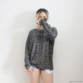 """🎈 Winter Collection .. เสื้อ sweater มาแย้วววว รุ่นนี้ผ้าคอนตอนสีดำลายพลางนะคะ เนื้อผ้านิ่ม ๆ ทิ้งตัว ใส่สบายมั้กมาก ไม่หนานะคะ ใส่เที่ยวชิง ๆ ในไทยได้เลยค่า ใครกำลังมีทริปขึ้นเหนือเที่ยวไหนไปได้หมดเลยยย รุ่นนี้มี 3 สีนะคะ ดำ/ ชมพู/ เทา ------------------------------------- • Fabric: COTTON/ Color: DARK • อก: 48-50"""" ยาว: 23-24"""" รอบแขน: 14-15"""" แขนยาว: 24-25"""" • PRICE: 320฿ ------------------------------------  #เสื้อแขนยาว #เสื้อคอกลม #เสื้อคอกลมแขนยาว"""