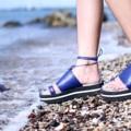 """สีน้ำเงิน ไซส์ 35-40 สูง 1.5"""" สายผูกข้อเท้าสามารถถอดออกได้ ................................................... 'The Tropical Parrots Collection' By Tropical traveller 🌺🌿 First step Platform Sandals Color : Blue Size : 35-40 Height : 1.5""""  #women #ผู้หญิง #รองเท้า #รองเท้าผู้หญิง #รองเท้าเชือกผูก #รองเท้าแตะ #shoes #fashion #TropicalTraveller #TropicalTraveller #TropicalTraveller"""