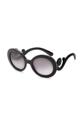 """""""เติมสีสันให้วันหยุดนี้ด้วยไอเท็มชิคๆจาก DBag by Mirror dress กับแว่นตากันแดดสุดเก๋ มาในทรงโอเวอร์ไซส์พร้อมเลนส์โพลาไรซ์ที่ออกแบบมาอย่างมีสไตล์ไม่เหมือนใคร  วัสดุ : Plastic เลนส์ : กันแดดม่วง UV400 บานพับ : ไม่มีสปริง น้ำหนัก : 39 กรัม อุปกรณ์ : ซองผ้าใส่แว่น  ขนาด 145 x 66 mm ขาแว่นยาว 140 mm ช่วงระหว่างจมูก 20 mm"""""""