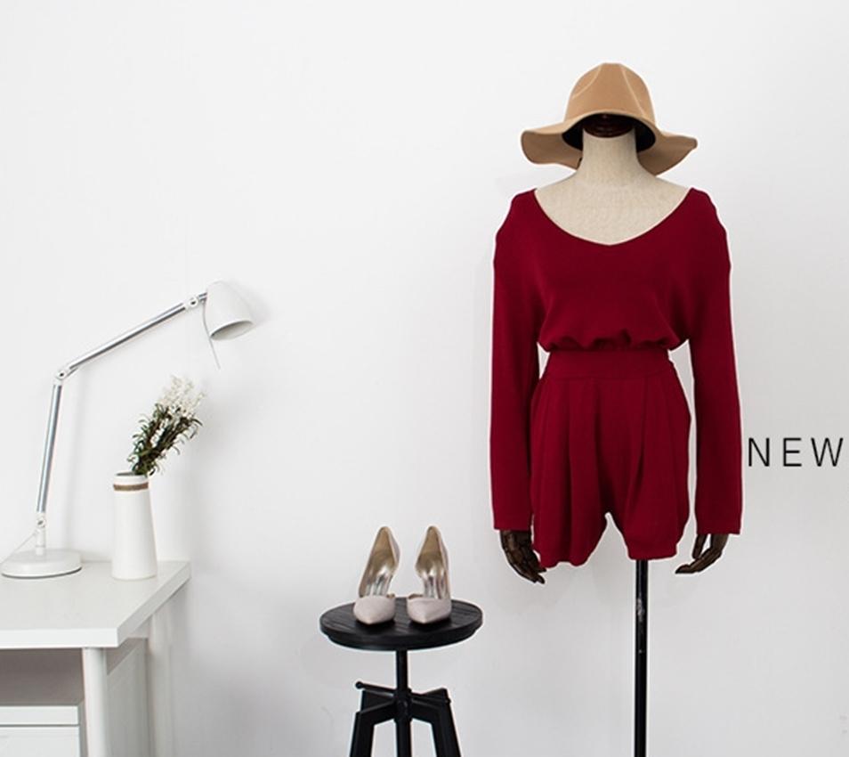 เสื้อผู้หญิง,เสื้อผ้าผู้หญิง,เสื้อแขนยาว,เสื้อคอกลม,กางเกง,กางเกงผู้หญิง,กางเกงขาสั้น,กางเกงขาสั้นผู้หญิง