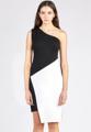 """แบรนด์ Mirror Dress ขอนำเสนออีกหนึ่งไอเท็มสำหรับแฟชั่นชุดเดรสผ้าไนล่อนเนื้อนุ่มที่ตัดเย็บมาในดีไซน์สวย ไม่ซ้ำใคร มาพร้อมแพทเทิร์นแบบเดรสแขนกุดแต่งช่วงลำตัวด้วยการเล่นสีขาว-ดำเพิ่มความลึกลับ น่าค้นหาให้กับชุดยิ่งขึ้น นับเป็นอีกหนึ่งชุดเดรสที่คุณไม่ควรพลาดที่จะเป็นเจ้าของในซีซั่นนี้  - ตัดเย็บจากผ้าไนล่อน 70% (Nylon Roman) - ดีไซน์ไขว้ด้านหน้า - แขนกุด - ซิปซ่อน - ทรงเข้ารูป รอบอก x เอว x สะโพก x ความยาว (นิ้ว) S (32"""" x 26.3"""" x 34"""" x 37.7"""") M (34"""" x 28.3"""" x 36"""" x 38.5"""") L (36"""" x 30.4"""" x 38"""" x 39"""") XL (38.5"""" x 32.7"""" x 40"""" X 40"""") 2XL (40.5"""" x 34"""" x 42"""" X 41"""")"""