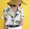 เสื้อเชิ๊ตทรงฮาวาย  ลายสัปปะรด ตัวกระดุมเป็นกระดุมกะลา เนื้อผ้าไม่หนาใส่สบาย จะใส่แมทกับกางเกง สั้น ยาว ได้หมด size ยังเป็น unisex ผู้ชายใส่ได้ผู้หญิงใส่ดีอีกนะ price : 390 บาท size : ใหล่ 16 อก 45 ยาว 26 นิ้ว  #เสื้อเชิ้ต #เสื้อเชิ้ตแขนสั้น #เสื้อเชิ้ตผู้หญิง #เสื้อเชิ้ตทรงฮาวาย #เสื้อเชิ้ตฮาวาย #เสื้อฮาวาย